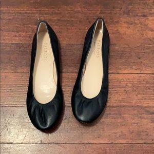 Talbot black leather flats size 7 1/2.